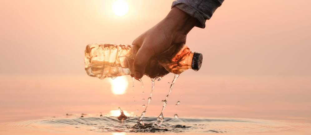 Eliminare la plastica con Ecogenia